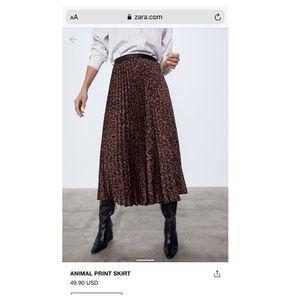 ON TREND Zara Midi Leopard Skirt Size XS